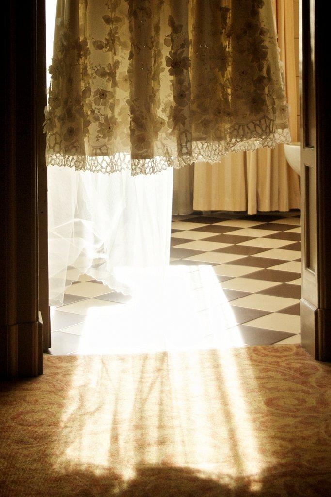 Wedding-Photo-Royal-Hotel-1.jpg
